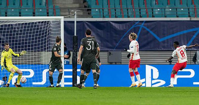 Man United thất thủ 2-3 trước Leipzig, thảm họa hàng thủ