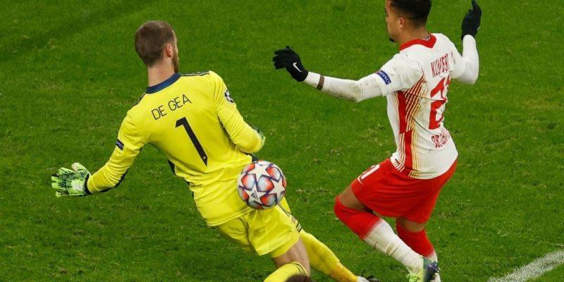 Solskjaer cần mạnh tay loại bỏ De Gea sau sai lầm tại Champions League