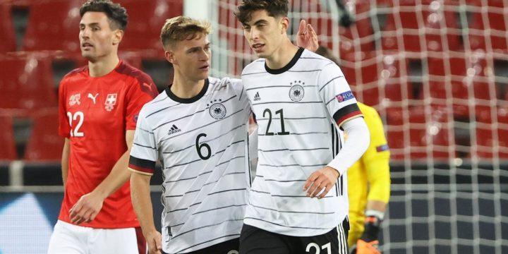 Những vấn đề ở tuyển Đức và quan điểm của Oezil